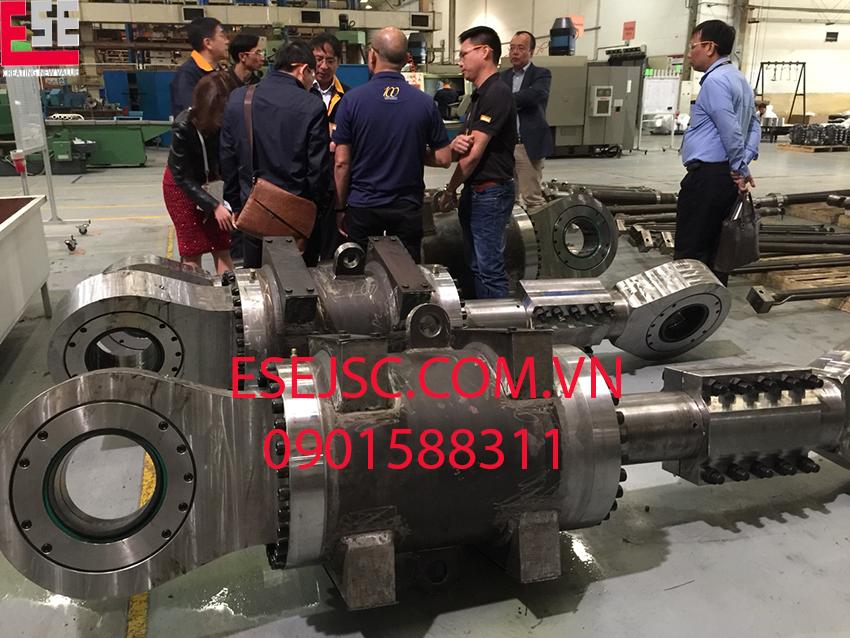 Ban lãnh đạo Công ty ESE đến thăm nhà máy Parker tại Trung Quốc