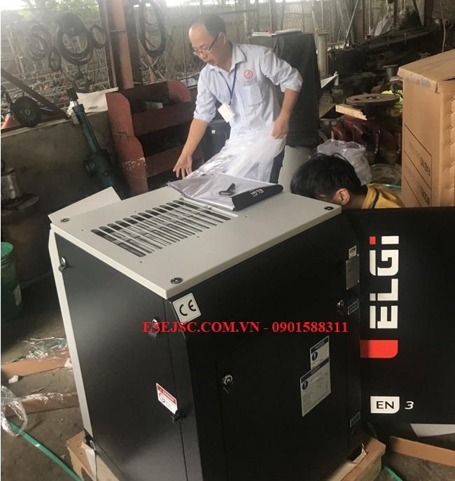 Giao hàng máy nén khí ELGI cho nhà máy