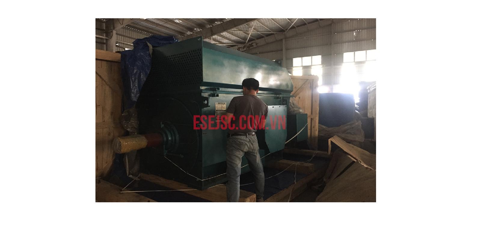 Động cơ Chongqing YRKK 710-8