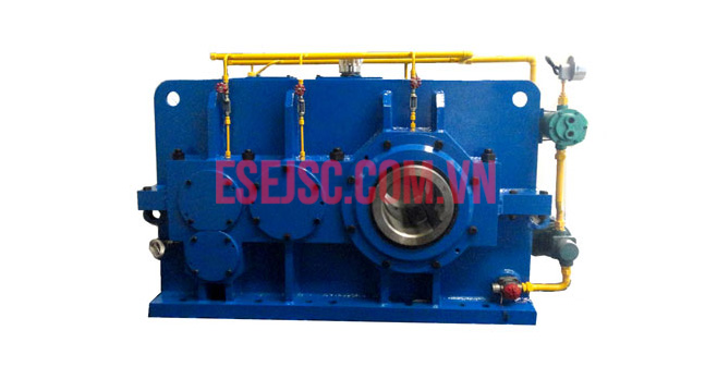 Hộp giảm tốc máy đùn (The gearboxes for extruder & calender)