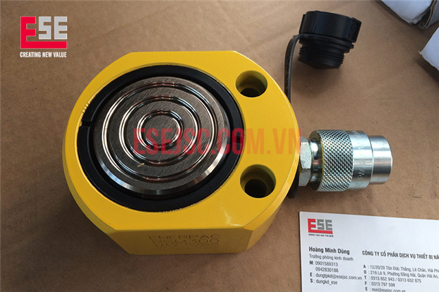 Kích thủy lực 30 tấn dạng bánh dẹt Enerpac RSM 300