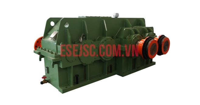 Hộp giảm tốc cho máy trộn bên trong (The gearboxes for internal mixers)