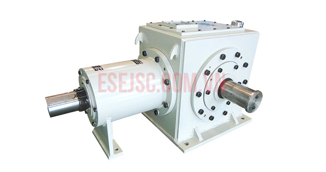 Hộp giảm tốc cho máy xăng dầu (Bevel gearboxes for the rotary table petroleum dri)